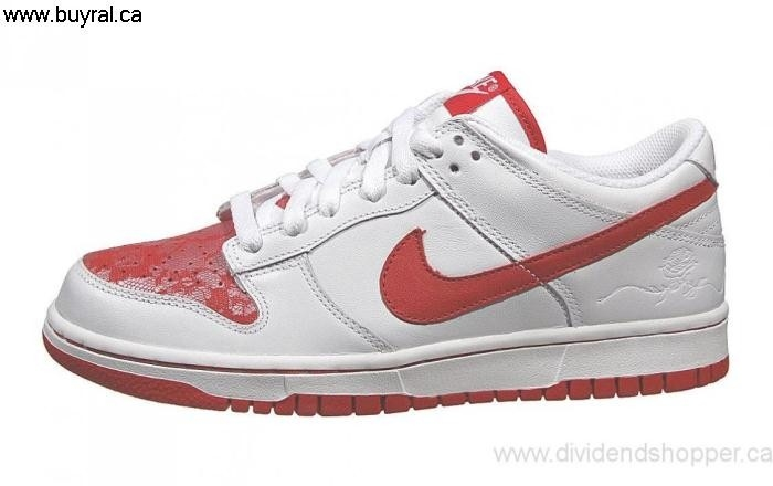 Canada Fitted Shoes 2007 Nike Womens Dunk Red-White 309324-168 Low White/Varsity GHILQSVXZ6